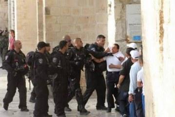 مستوطنو العدو الإسرائيلي يواصلون اقتحاماتهم للمسجد الأقصى