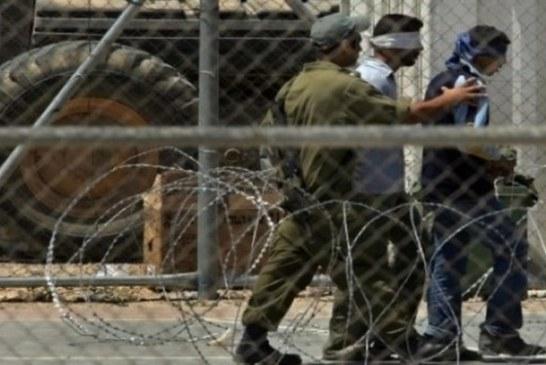 الاحتلال يعتقل 16 فلسطينياً ويهدم منزل شهيد بالضفة