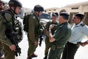 جيش الاحتلال يعتقل 42 فلسطينياً في الضفة الغربية المحتلة