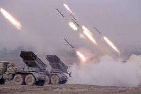 مأرب : القوة الصاروخية تستهدف تجمعات لمنافقي العدوان بمنطقة الحول بنهم