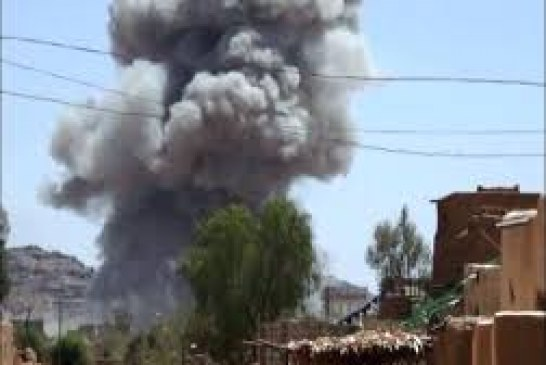 تعز .. استشهاد وإصابة 11 مواطنا في قصف زوارق العدوان على قرى مقبنة