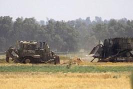 ما الذي يحدث على حدود قطاع غزة ؟