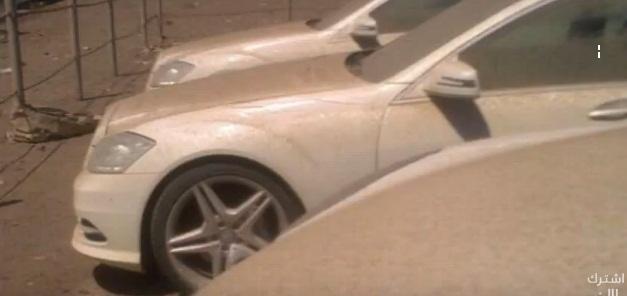 """""""فيديو"""" تكدس السيارات الفاخرة التابعة  للمخلوع علي عبدالله صالح في صنعاء"""