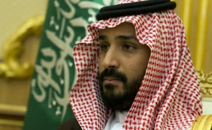 """السعودية تطيح بشخصية عسكرية بتهمة """"السعي لاسقاط الحكم""""!"""
