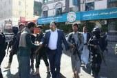 بالصور : الرئيس الصماد يتفقد أحوال المواطنين بالمناطق المتضررة بالعاصمة صنعاء